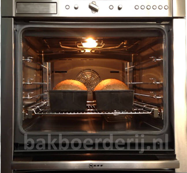 brood-in-de-oven