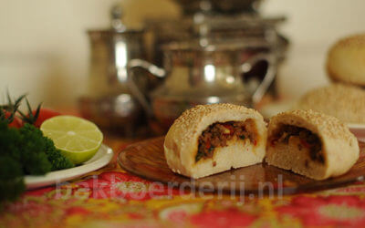 turkse gevulde broodjes